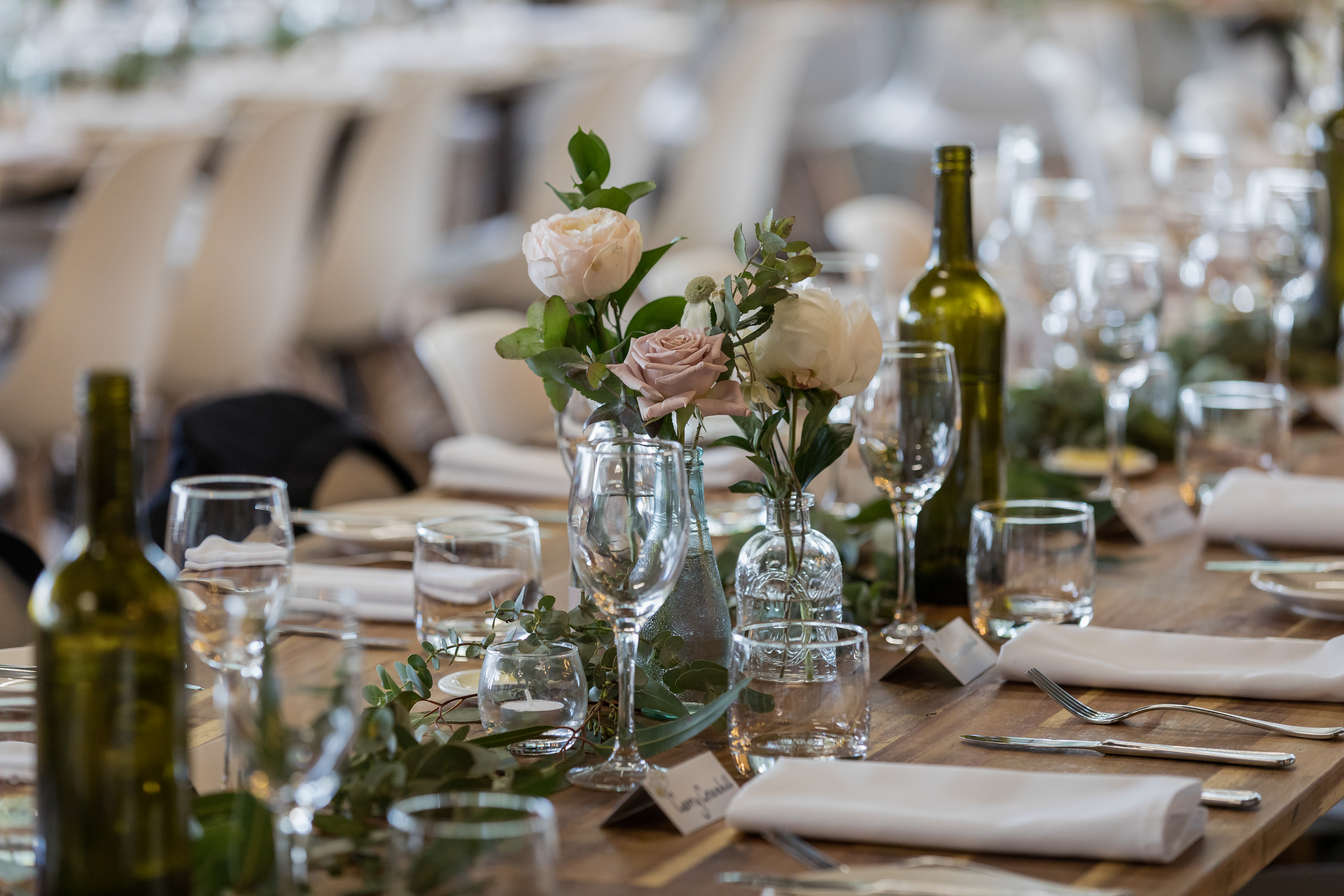 Wedding table setting with roses